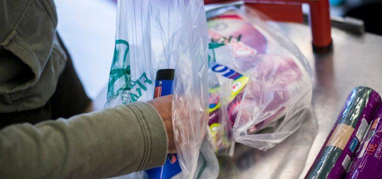 Les-sacs-plastiques-jetables-interdits-a-compter-du-1er-juillet